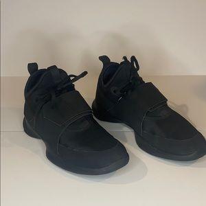 Puma Radiate Training Shoe Size 7.5